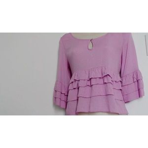 Chelsea & Violet-NWT Retail $88! Womens top. XS.